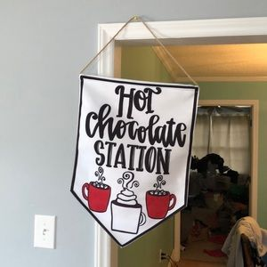 Hot chocolate sign.